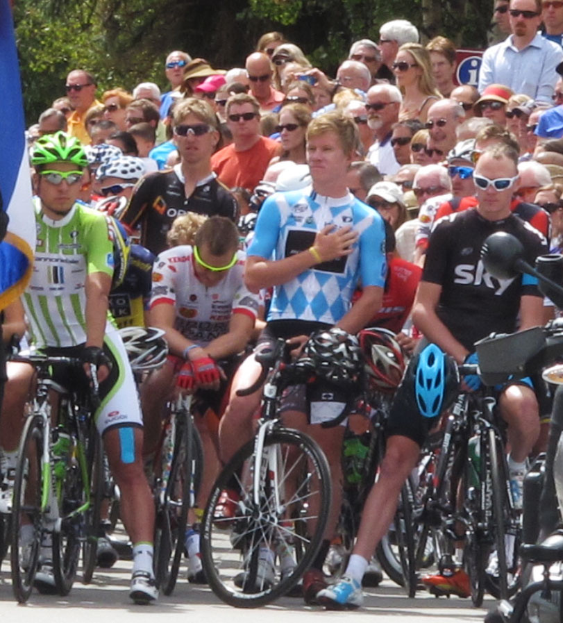 Chris Froome and Peter Sagan wait to start Stage 3