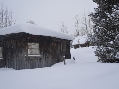 Snowy cabin in Breckenridge