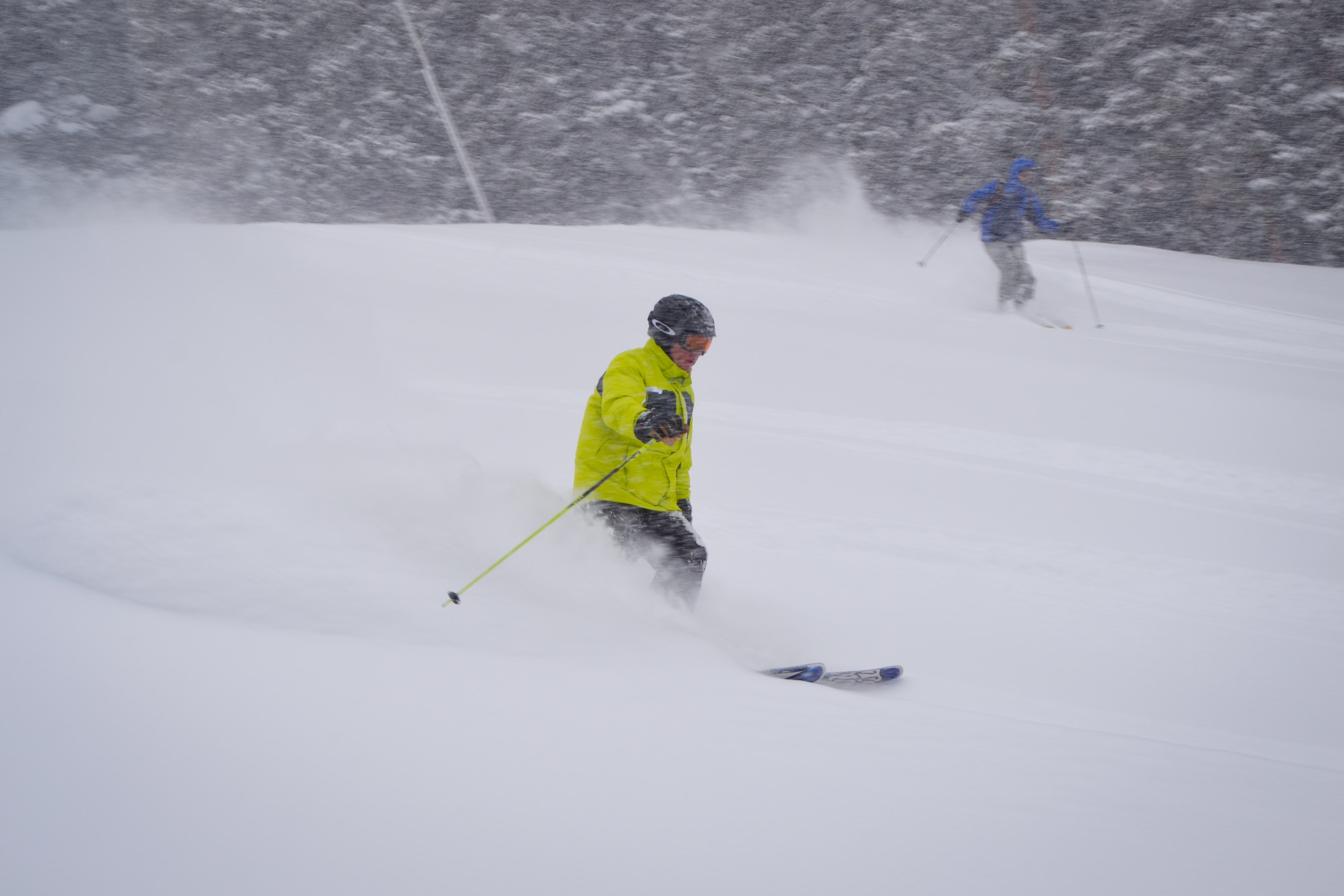 Making turns in soft snow