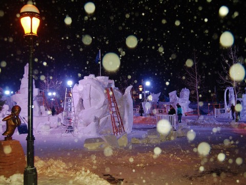 Breckenridge International Snow Sculpture Championships night